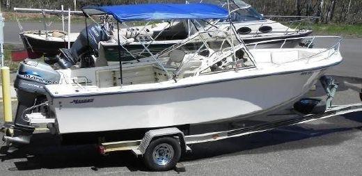 1993 Mako 215