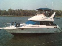 1991 Bayliner 3058 Ciera Command Bridge