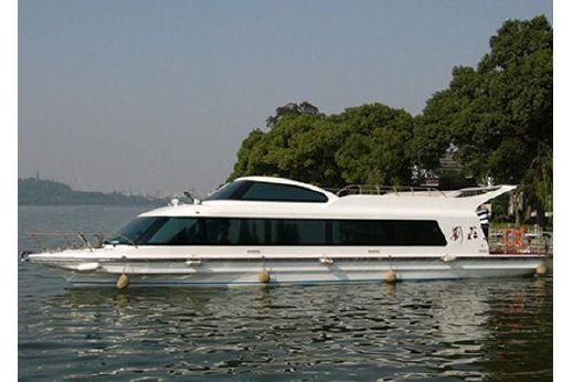 2000 Applause 58' Tour Boat