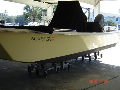 2013 Jones Brothers Bateau