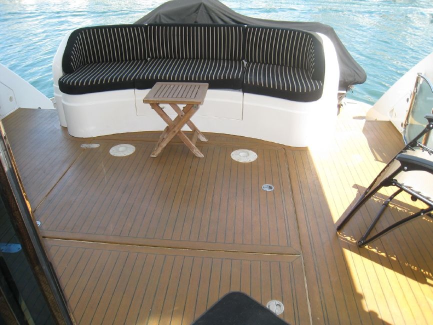 Fairline 62 Squadron Yacht Cockpit Deck