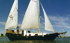 1995 Bruce Roberts Designed pilothouse ketch