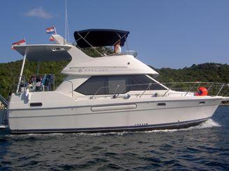 1997 Bayliner 3587 Motoryacht