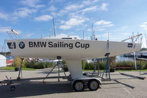 2012 J Boats J 80
