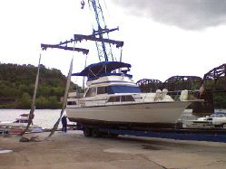 photo of  39' Marinette 39 Double Cabin