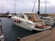 2011 Bavaria Motor Boats 38 HT