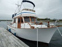 1989 Marine Trader 34 Double Cabin