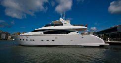 2004 Fipa Italiana Yachts MAIORA 24 S