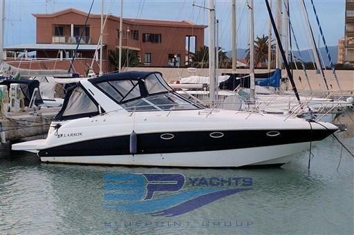 2005 Larson Boats Cabrio 330