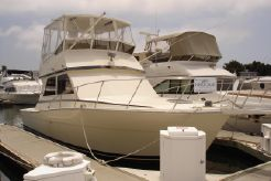 1986 Viking Yachts 35 Convertible