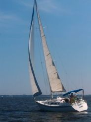 1983 Hunter 34 Masthead Sloop