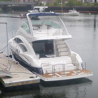 2012 Cruisers Yachts 447 Sport Sedan