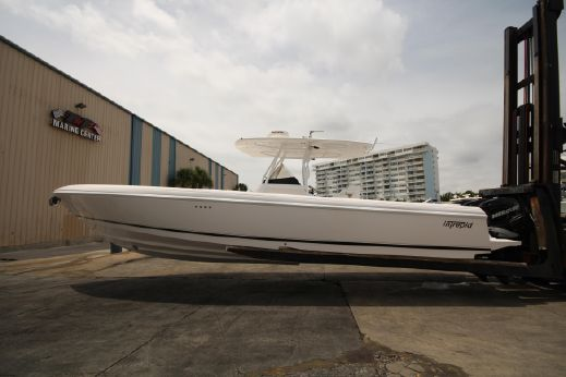2009 Intrepid 370 Open