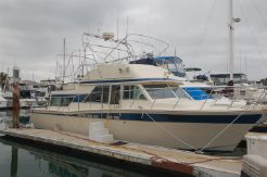 1985 Chris-Craft 380 Corinthian