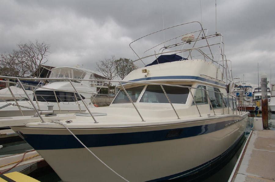 photo of 38' Chris-Craft 380 Corinthian