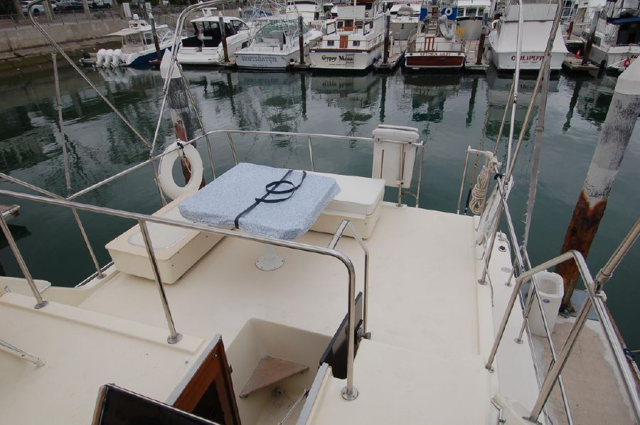 photo of Chris-Craft 380 Corinthian