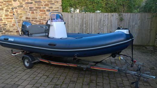 2012 Brig Inflatables 450l
