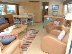 photo of  70' Hatteras Sport Deck MY