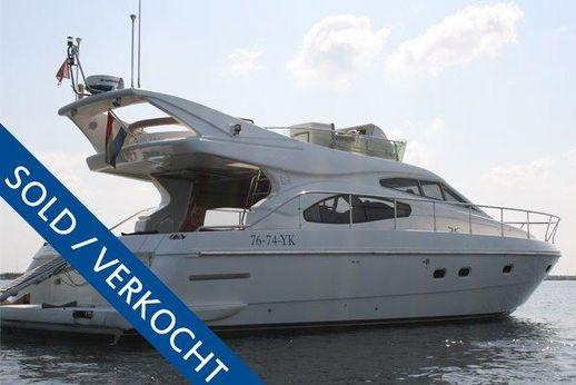 2000 Ferretti Yachts 46