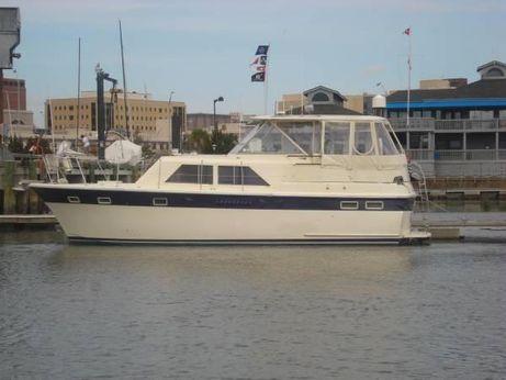 1968 Hatteras Tri-Cabin Motor Yacht