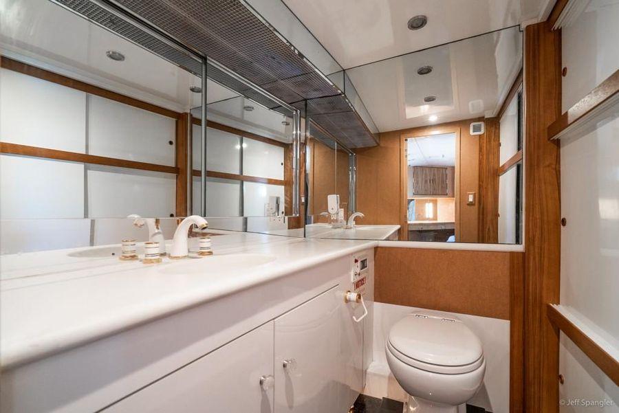 Hatteras 70 Guest Head Bathroom