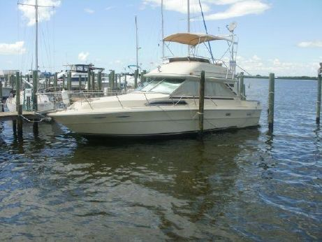 1983 Sea Ray 34 Flybridge Diesel