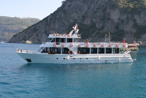 2004 30 M Paseenger Boat