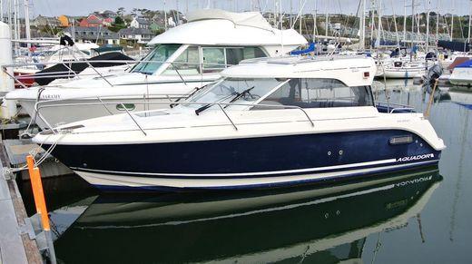 2002 Aquador 23 HT