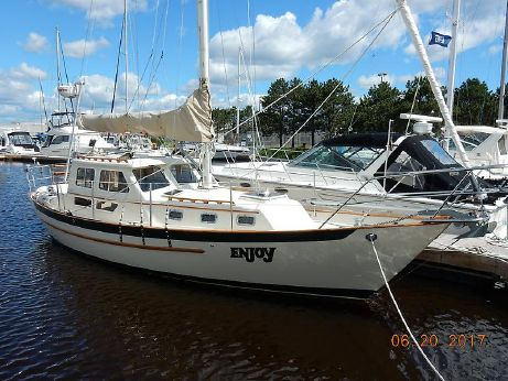 1995 Pacific Seacraft Pilothouse 32