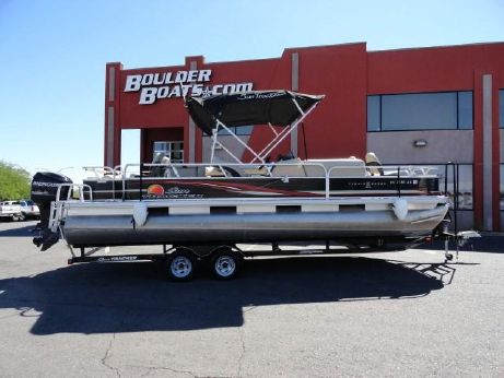 2012 Sun Tracker FISHIN' BARGE® 24 DLX