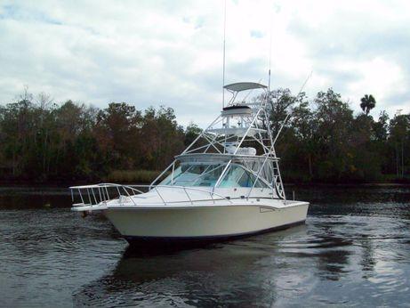 1996 Cabo Yachts 35 Express