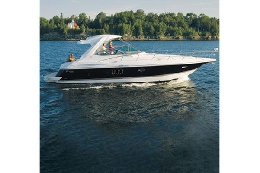 2010 Cruisers Yachts 420 Express