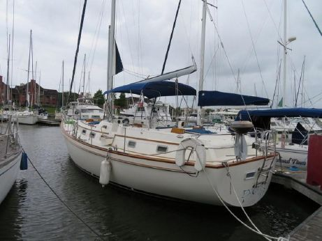 1983 Pearson 422