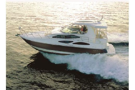 2013 Cruisers Yachts 455 Express Motoryacht