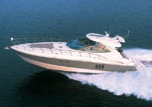 2010 Cruisers Yachts 520 Express