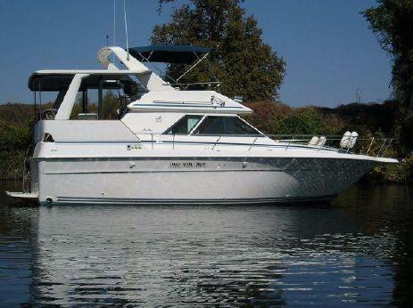 1992 Sea Ray 380 Aft Cabin Motor Yacht