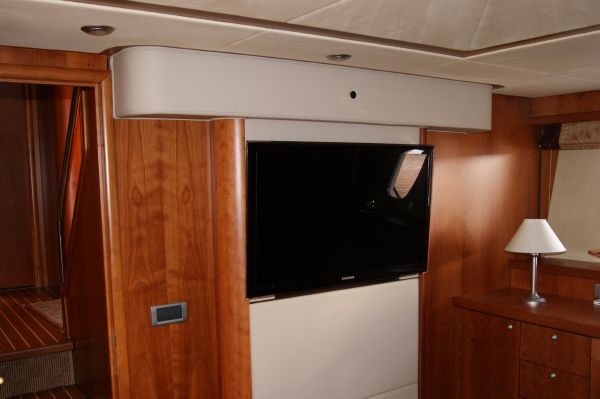 photo of  Sunseeker Manhattan 66
