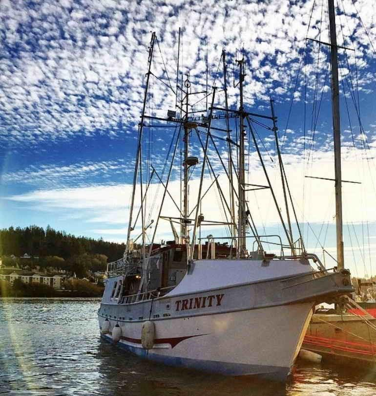 1995 commercial fishing boat oregon salmon troll permit for Charter fishing newport oregon