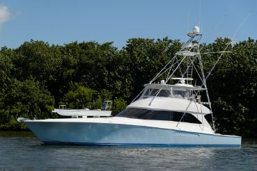 2005 Viking Yachts Convertible