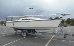 1989 Hunter Winged Keel Sloop Sailboat