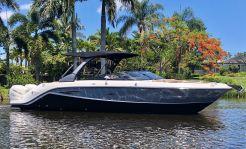 2017 Sea Ray 310 SLX OB
