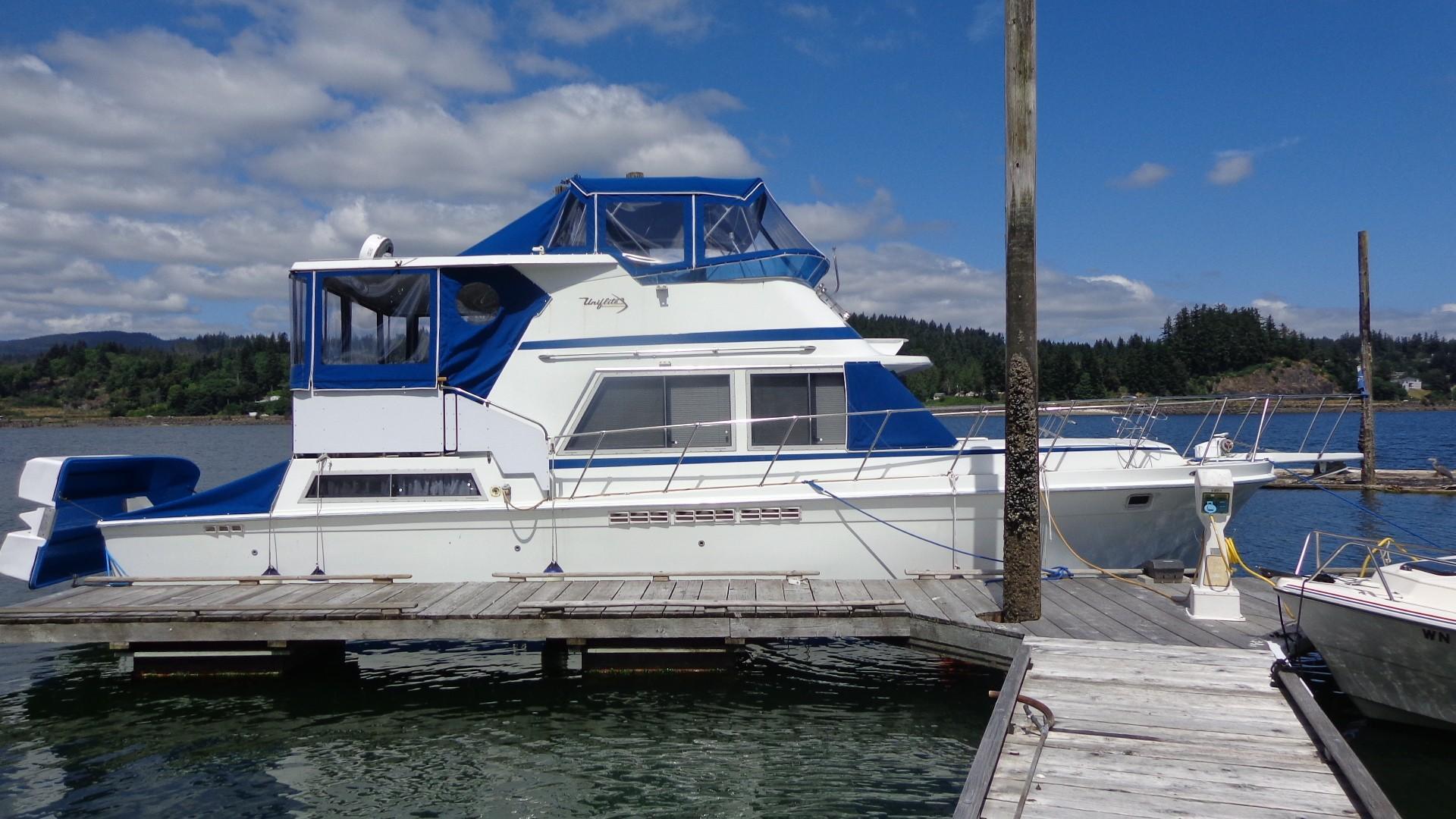 1981 Uniflite Live aboard ready Power Boat For Sale - www ...