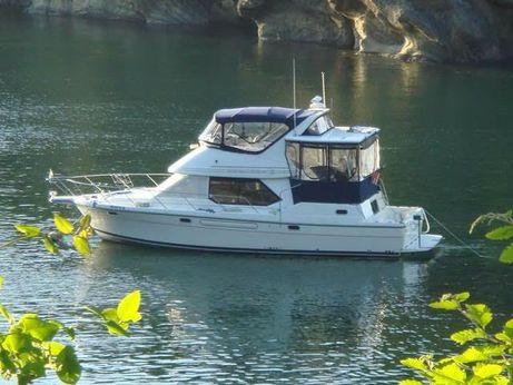 2001 Bayliner 4087 Aft Cabin Motoryacht