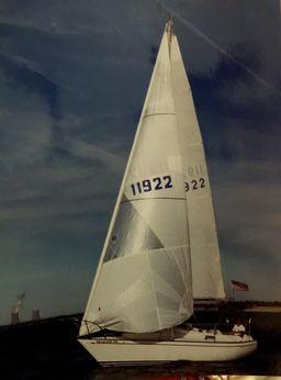 1987 J Boats 30 J/30 Sailboat
