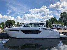 2020 Cruisers Yachts 42CANTIUS
