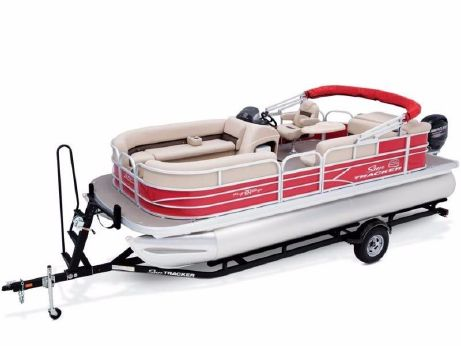 2017 Sun Tracker PARTY BARGE® 20 DLX