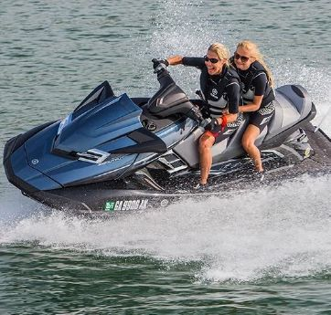 2016 Yamaha Waverunner FX Cruiser HO   12019