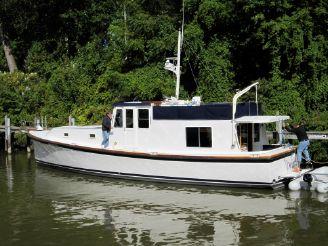 1977 Uniflite 50 ft Custom Motor Yacht
