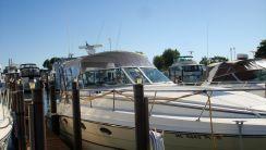 1992 Cruisers Yachts 3670 Esprit