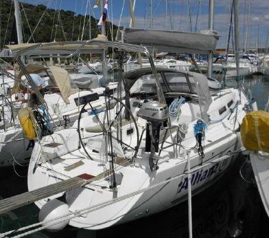 2010 Dufour 34